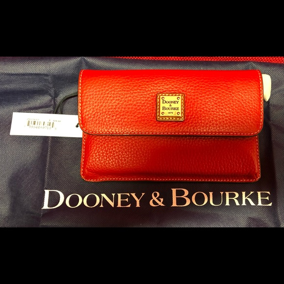 Dooney & Bourke Milly Wristlet